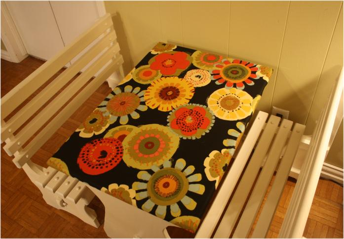 Kids table and benches - lub this fabric
