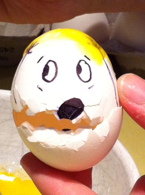 Scared eggs - blondie