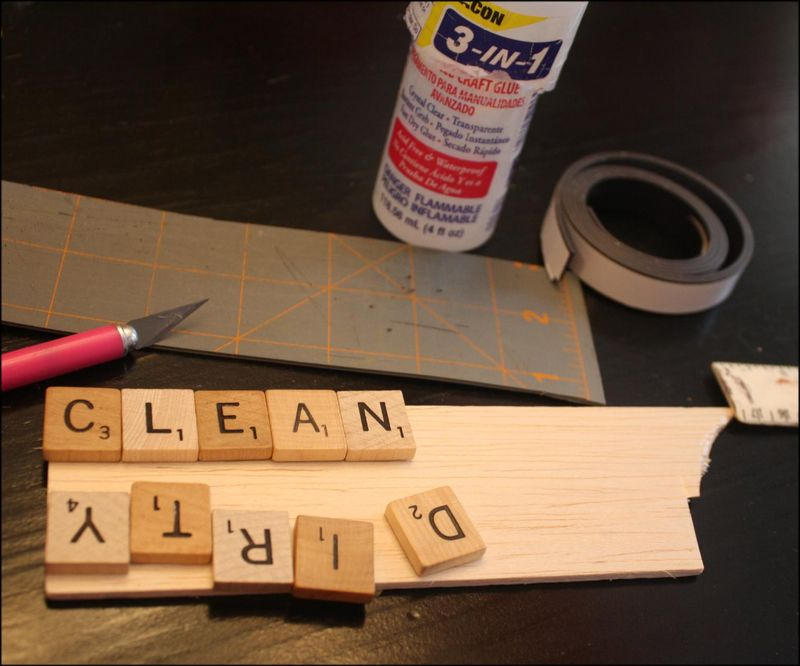 Scrabble tile dishwasher sign tutorial
