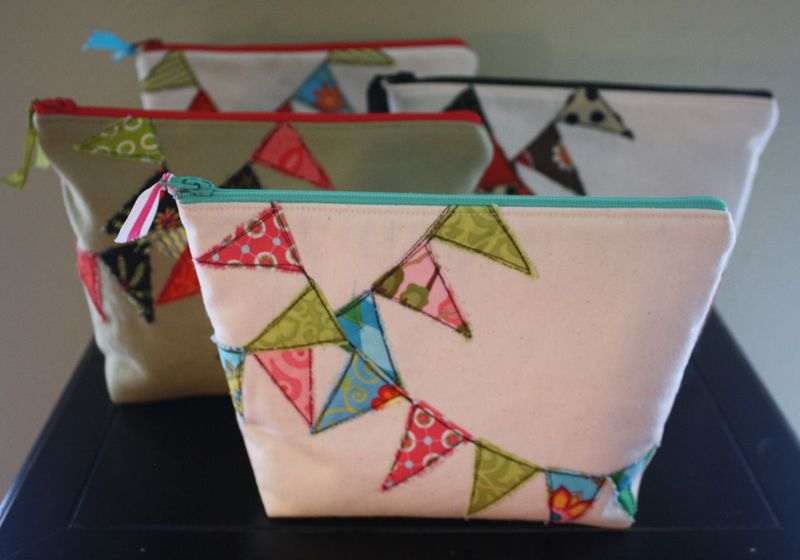 DIY Zipper Pouches and Bunting