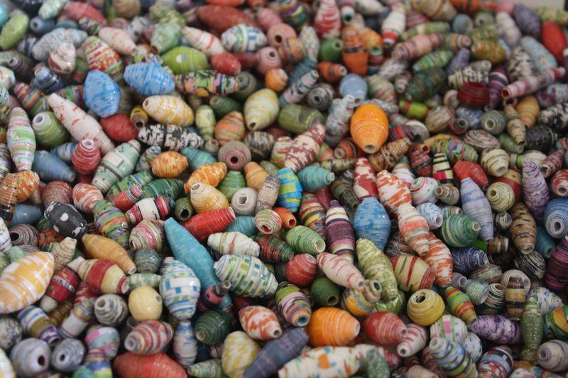 Paper beads love