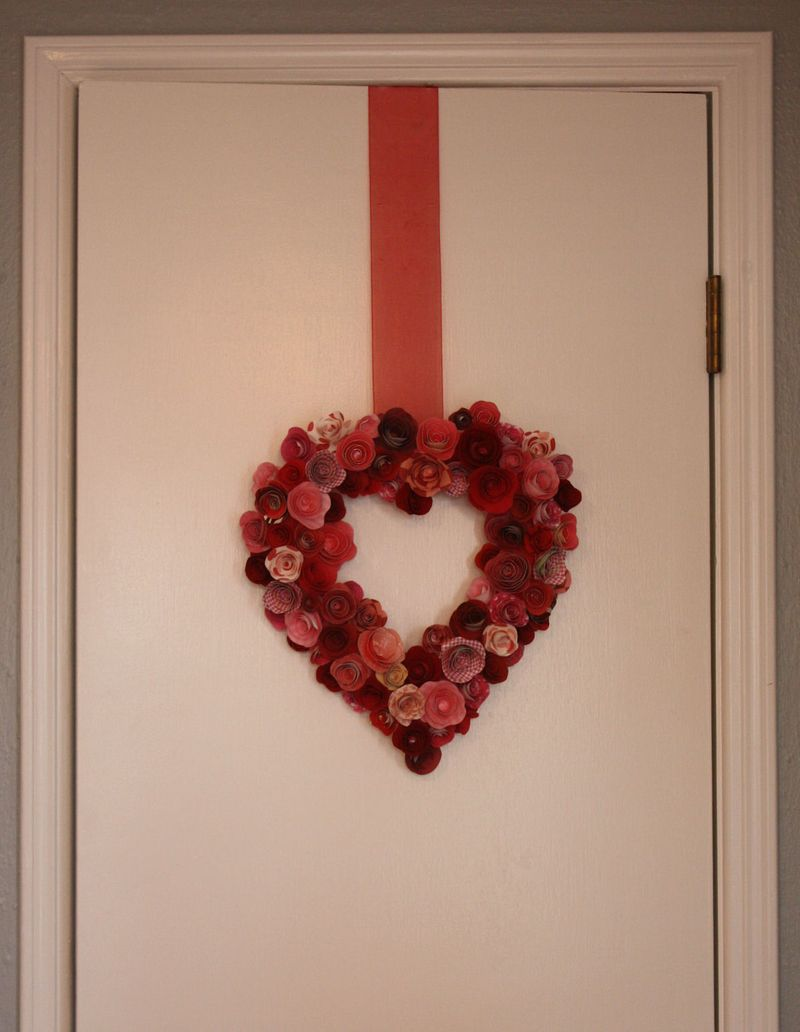Paper Roses Valentine's Day - Wreath