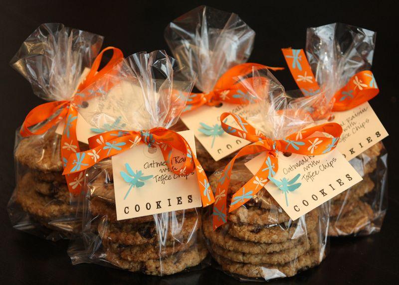 Oatmeal Raisin Cookie Packaging