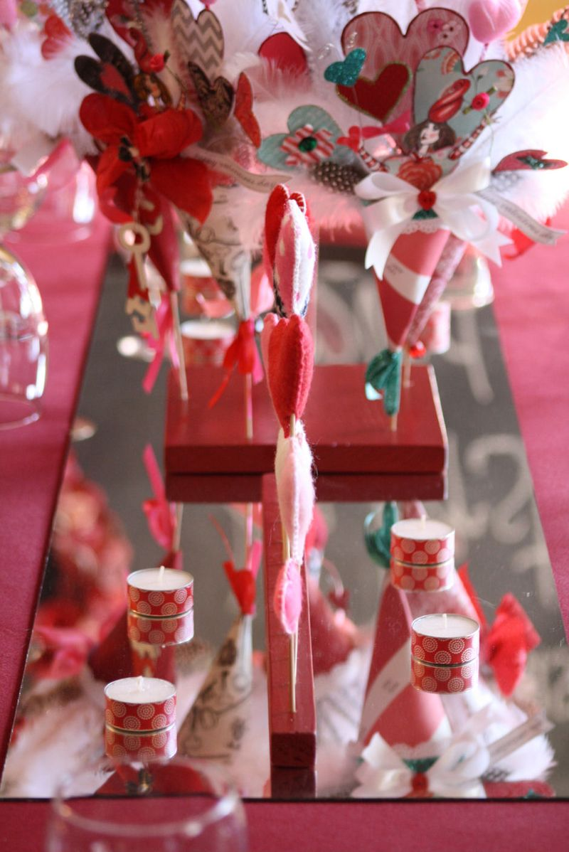 Valentine Tablescape Mirror Runner