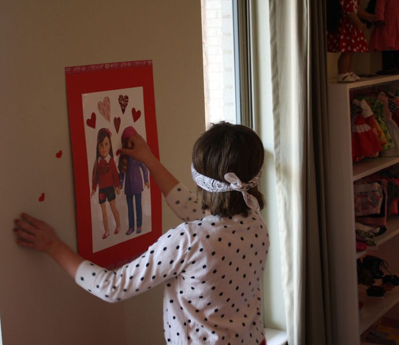 American Girl Valentine Party - Pin the Heart on the American Girl 4