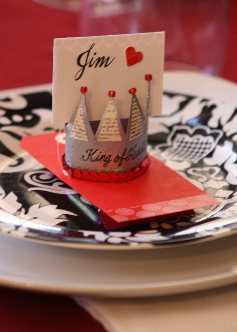Valentine tablescape Crown Placecard Holder