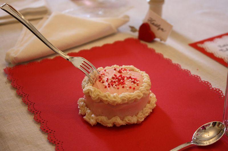 American Girl Valentine Party - Mini Cakes